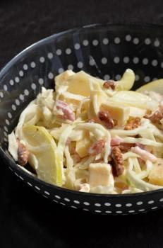 Salade de chou / jambon fumé / noix